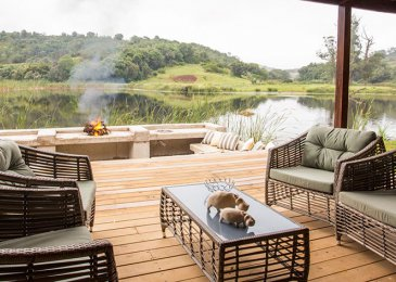 bush-villas-outdoor-patio-and-braai